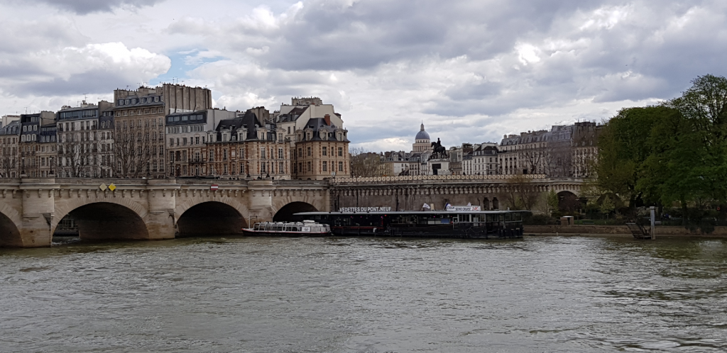 Párizs utazás